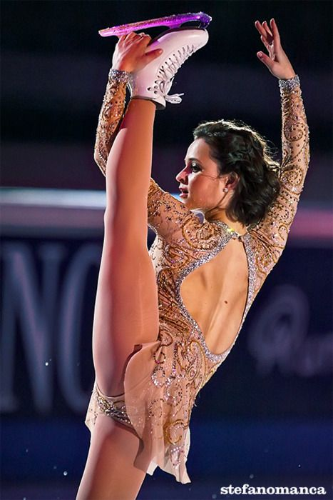 Sasha Cohen. This is one of my favourite skating dresses of all time, and I wrote about how you can do the same type of thing on my blog www.figureskatingadvice.com