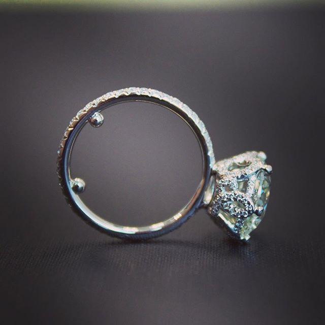 The best way to pop the question #gorgeousandengaged #ericacourtney  #weddingday #weddinginspiration #bridal #DreamWedding #SheSaidYes #jewelry #dropdeadgorgeous #jewels #jewelrydesign #diamond #diamonds #engagementring #engagement #diamondring #custom #ring #bridetobe #shesaidyes #sayyes #ido #bride #wedlux #theknot #theknotrings #wedding #love #ringoftheday