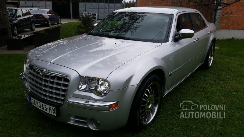 2005 Chrysler 300c 3 5 Polovni Automobili With Images