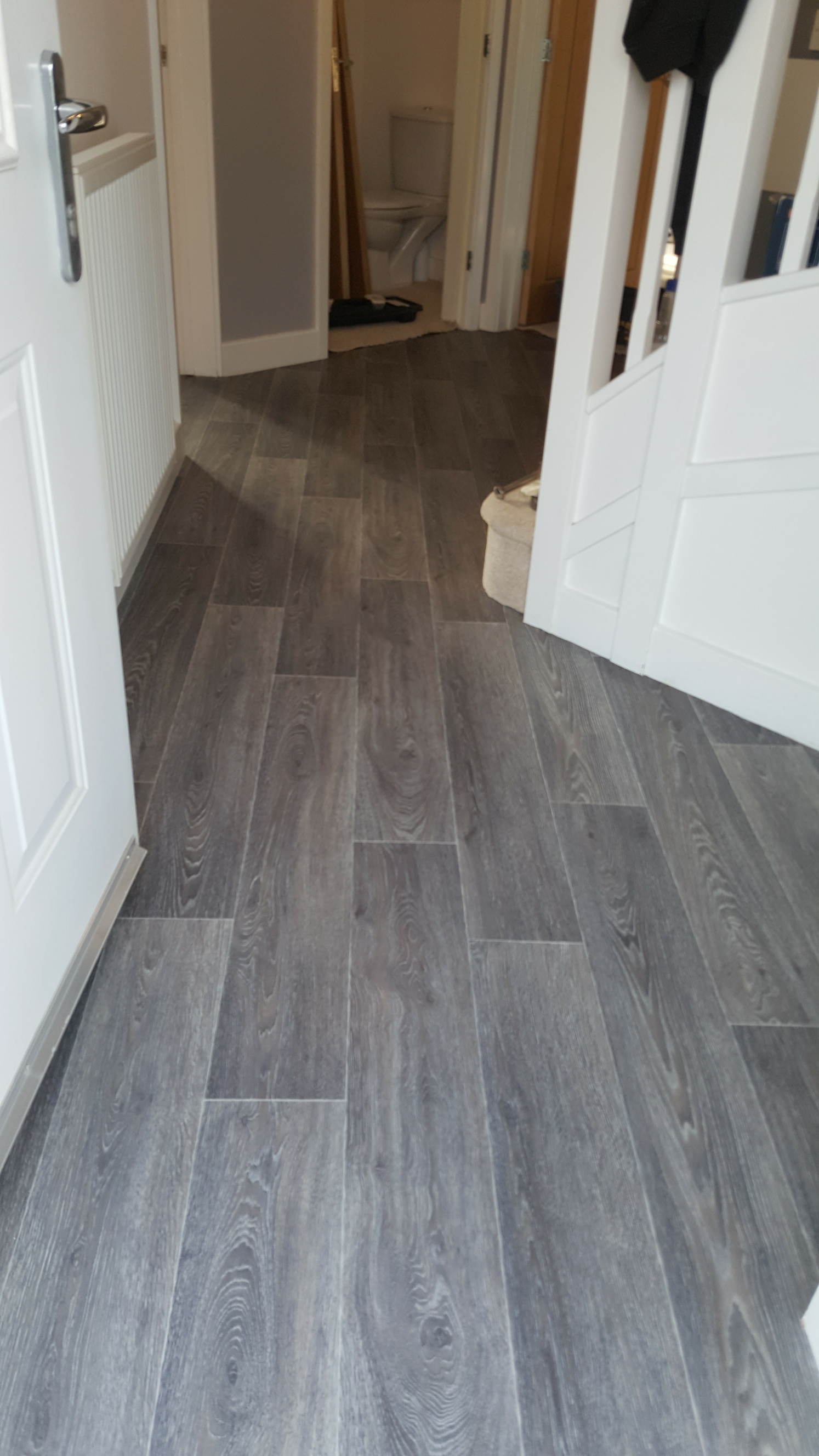 This Heavy Duty Rated Vinyl Flooring Comes With A 25 Year Guarantee