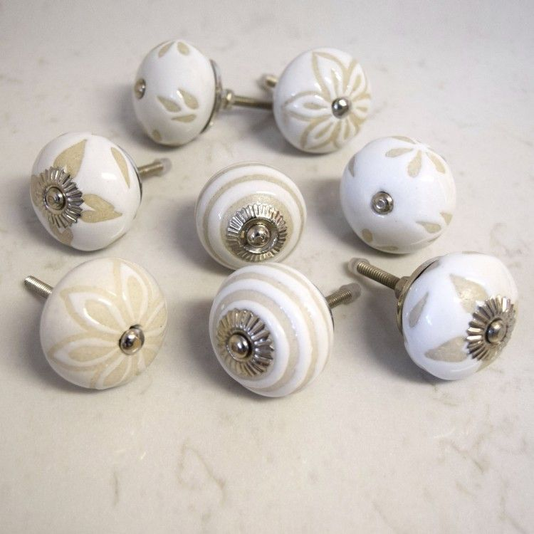 Superbe Set Of 8 Cream White Beige Shabby Chic Cupboard Door Knobs