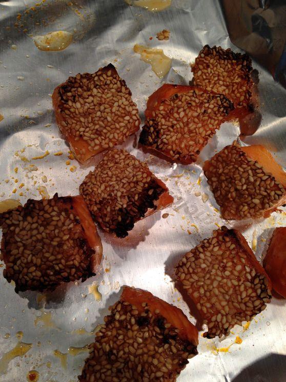 Honey Lime Siracha Salmon Bites