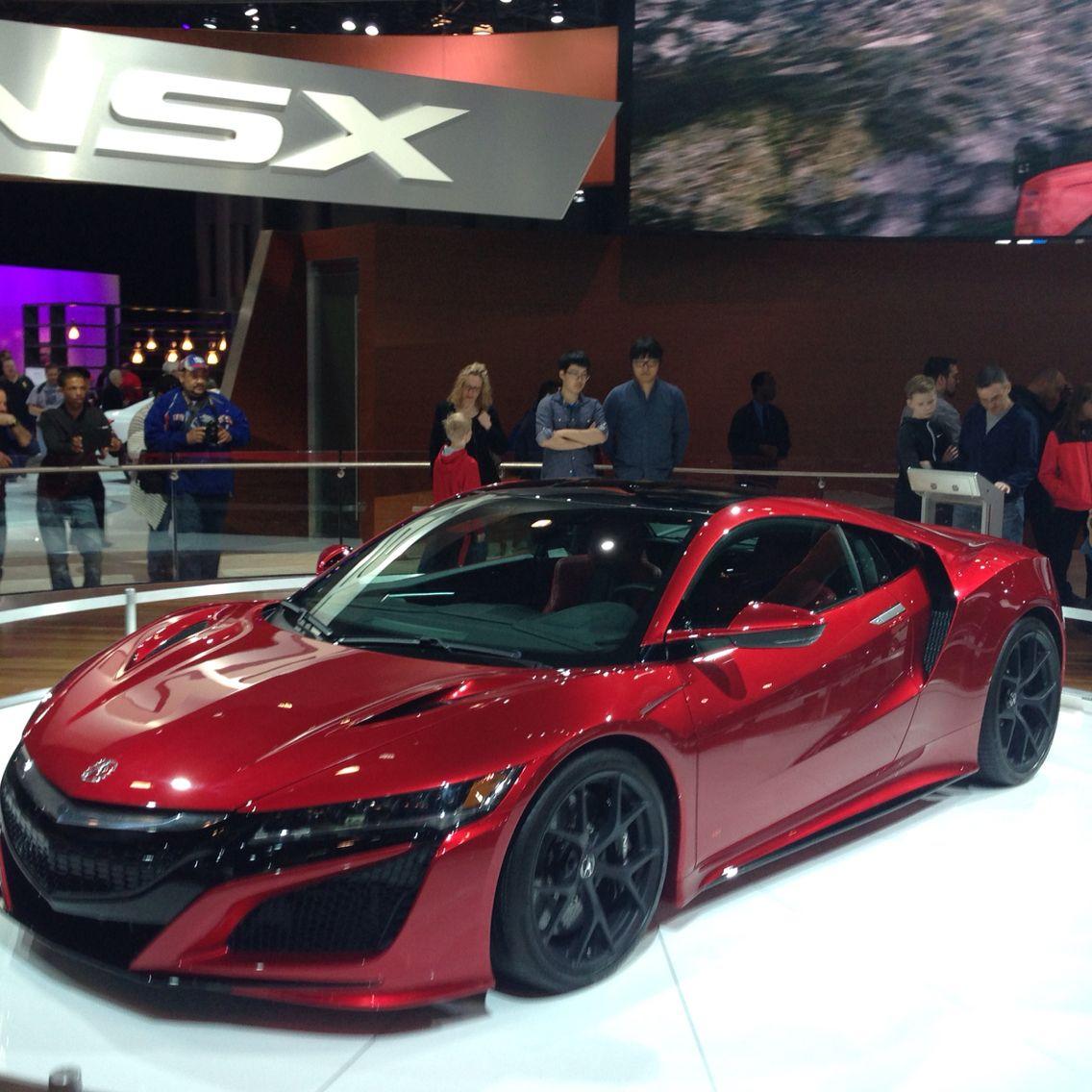 2016 Acura NSX (2015 NY Auto Show)