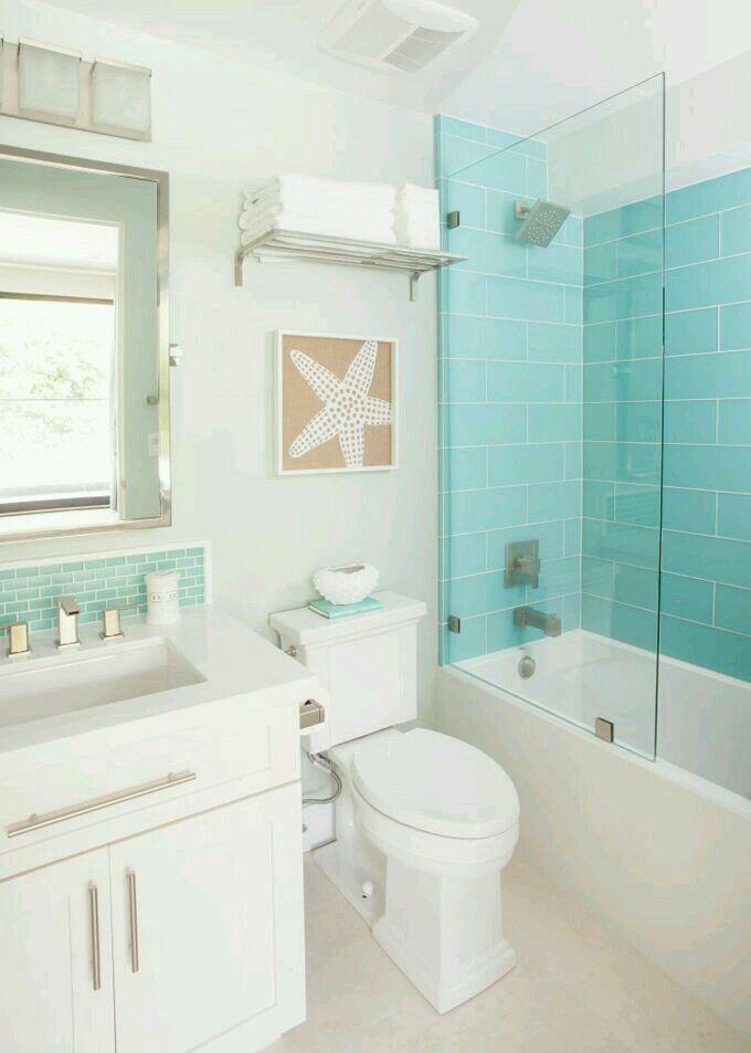 Pinterest Melanie Escobedo Beach house bathroom
