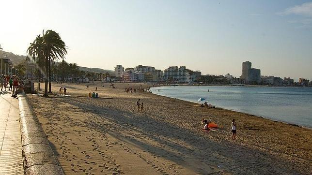 Las Diez Mejores Playas De La Comunidad Valenciana Playas Castellon Playa Peñiscola Castellon