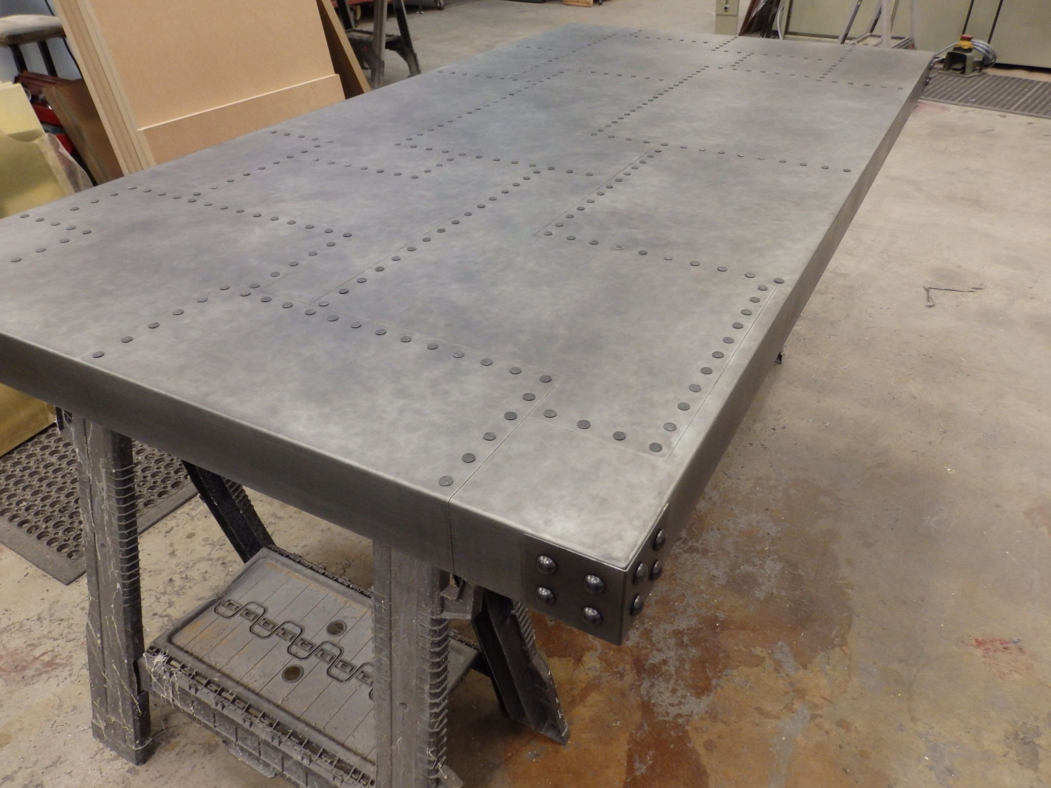 184 Aged Patchwork Zinc Table Top With Aged Rivet Detail Metal Furniture Design Zinc Table Metal Furniture