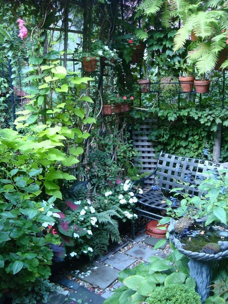 40+ Exciting Garden Ideas For Tiny Outdoor Spaces (With