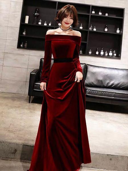 Photo of Robes de soirée manches longues en velours à &