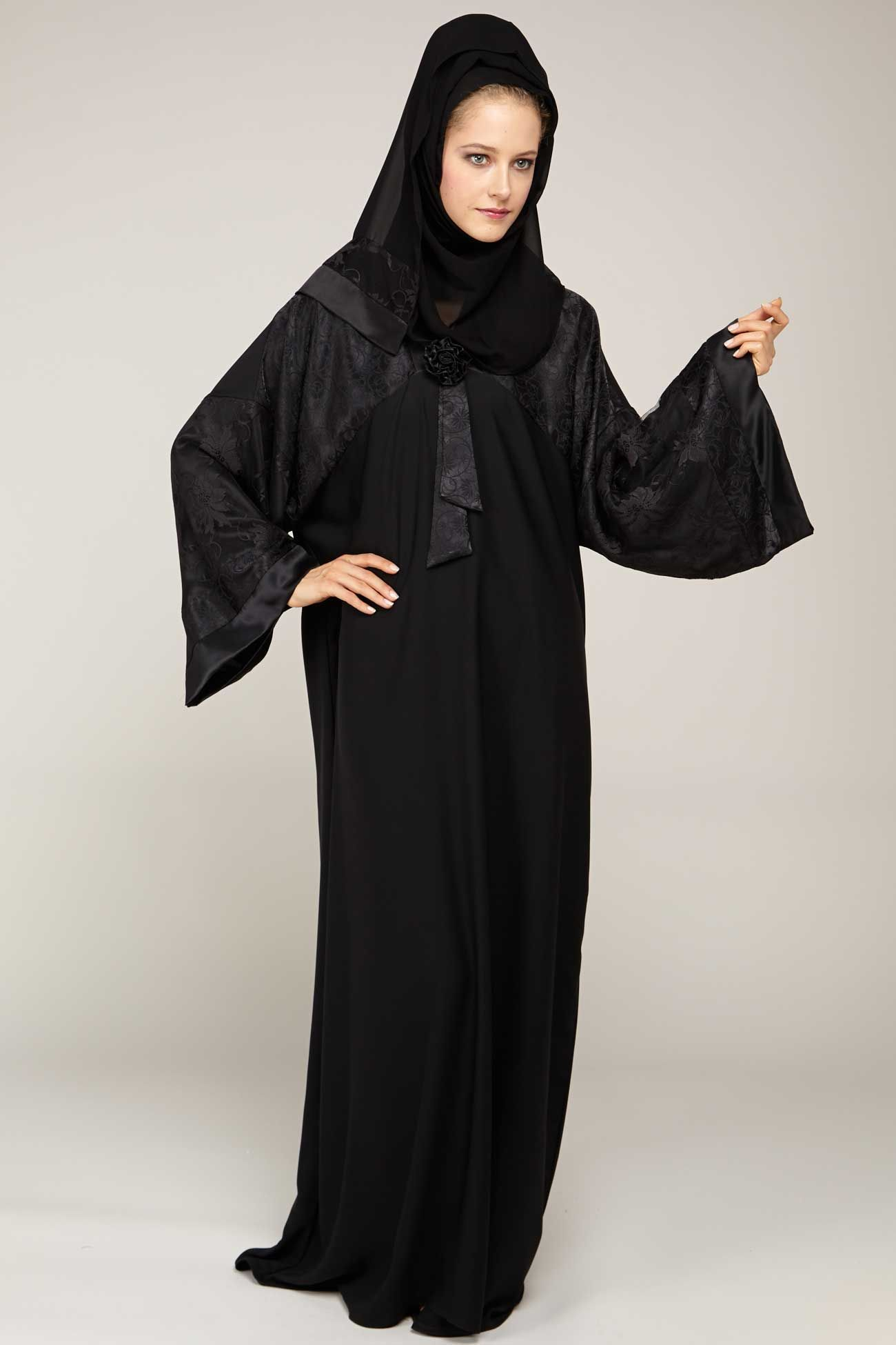 9f50a7e05a9a0 Smart simple abaya in from o3bay made of super quality fabric with an  amazing style and