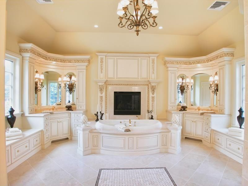 Traditional Master Bathroom - Find more amazing designs on Zillow ...