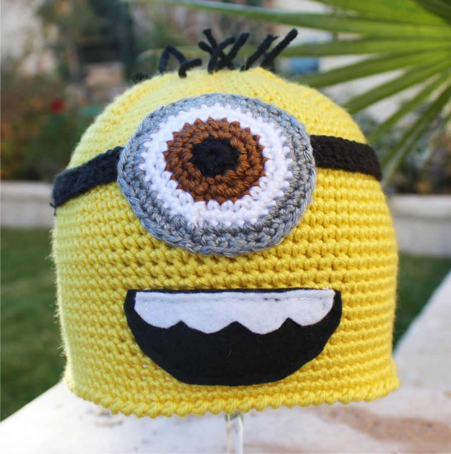Despicable Me Minion -ish Hat : One- Eyed Minion Handmade Crochet ...