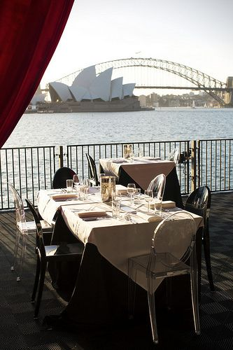 #Opera on #SydneyHarbour Be entertained! http://www ...