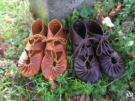 25bae56bf67 On order Celtic leather shoes vegetable tanning - barefoot sensation brown  fairy shoes original viking sandals mocassins soft soled shoes