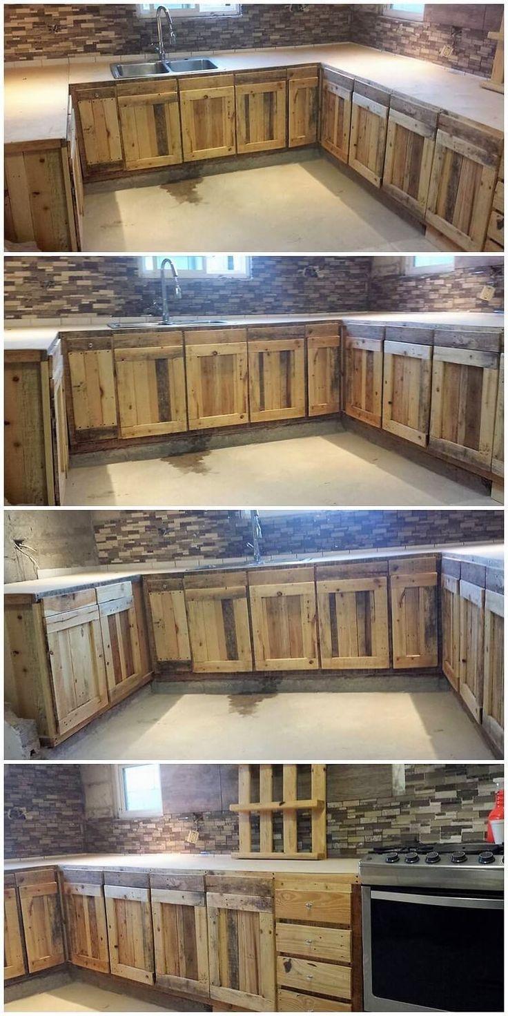 Schnelle Und Einfache Erstellung Von Holzpalettenprojekten Bauen Einfache Holzpalette Woodwor Pallet Kitchen Cabinets Pallet Kitchen Diy Pallet Furniture