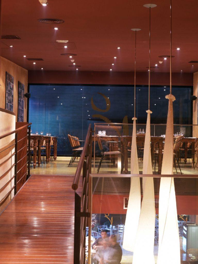 Restaurante Versión Original V O Sant Cugat Del Vallés Arquitecto Fernando Agustí Restaurantes Arquitectos Versión Original