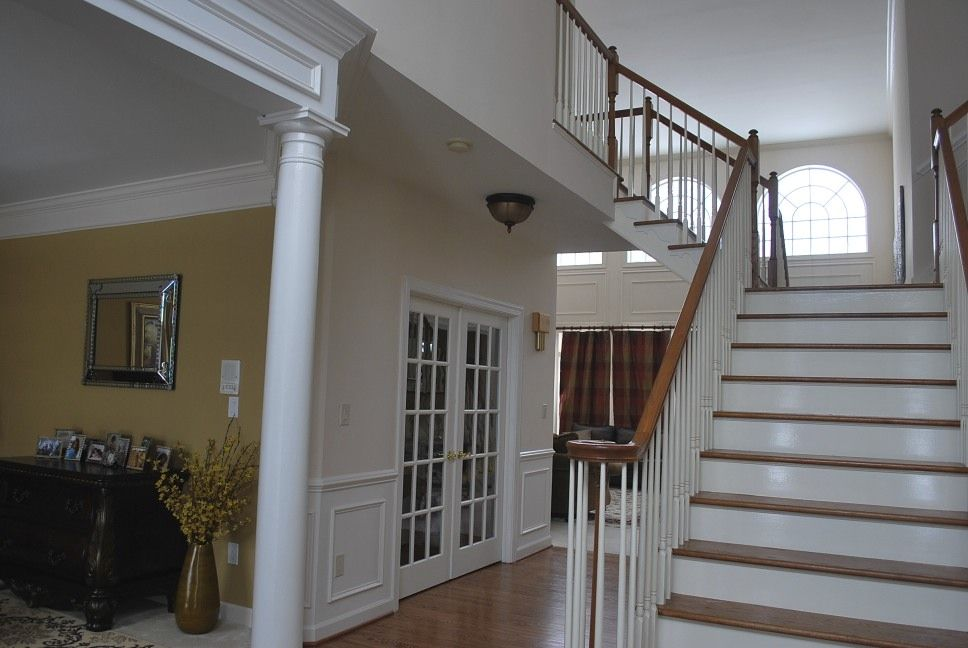 Two Story Foyer Paint Ideas : Open foyer paint colors help with in a story