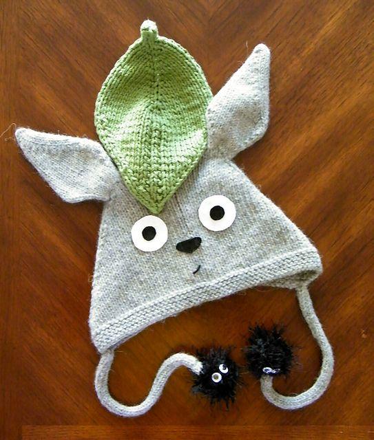 Ravelry: amancine\'s Totoro Hat -- love love!   Just knit it!   Pinterest
