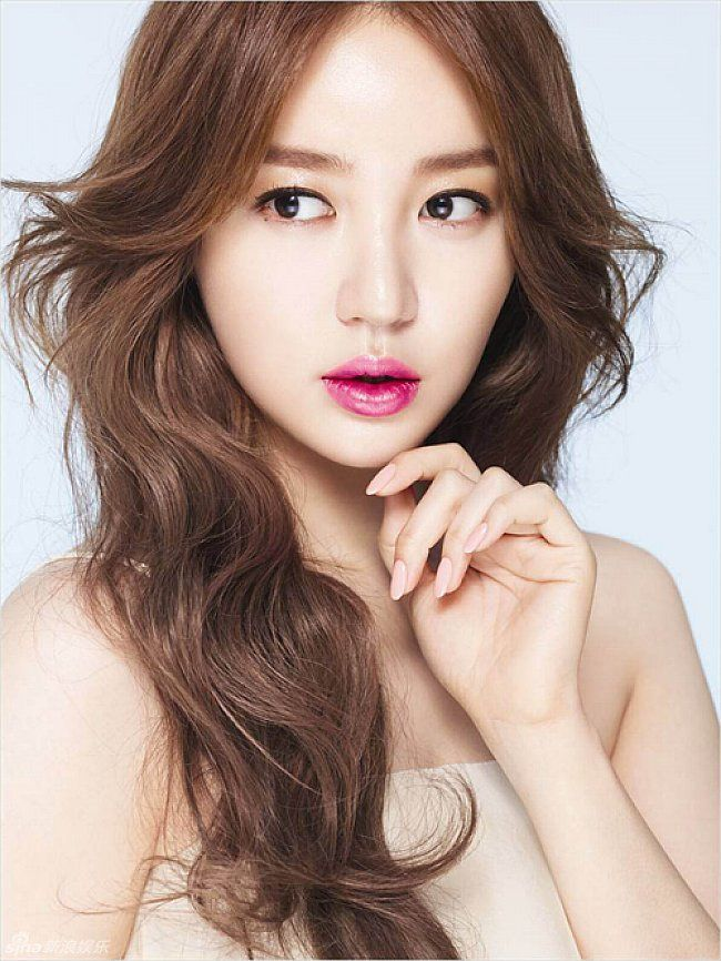 Hairstyles For Long Asian Hair : Teenage cute long hairstyles with wavy hair for asian girl #prom