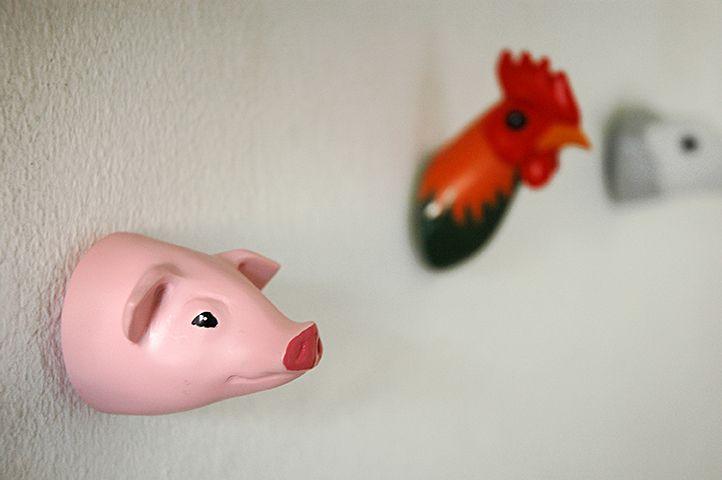 Farm Pig. Coathook. Design: Jorine Oosterhoff