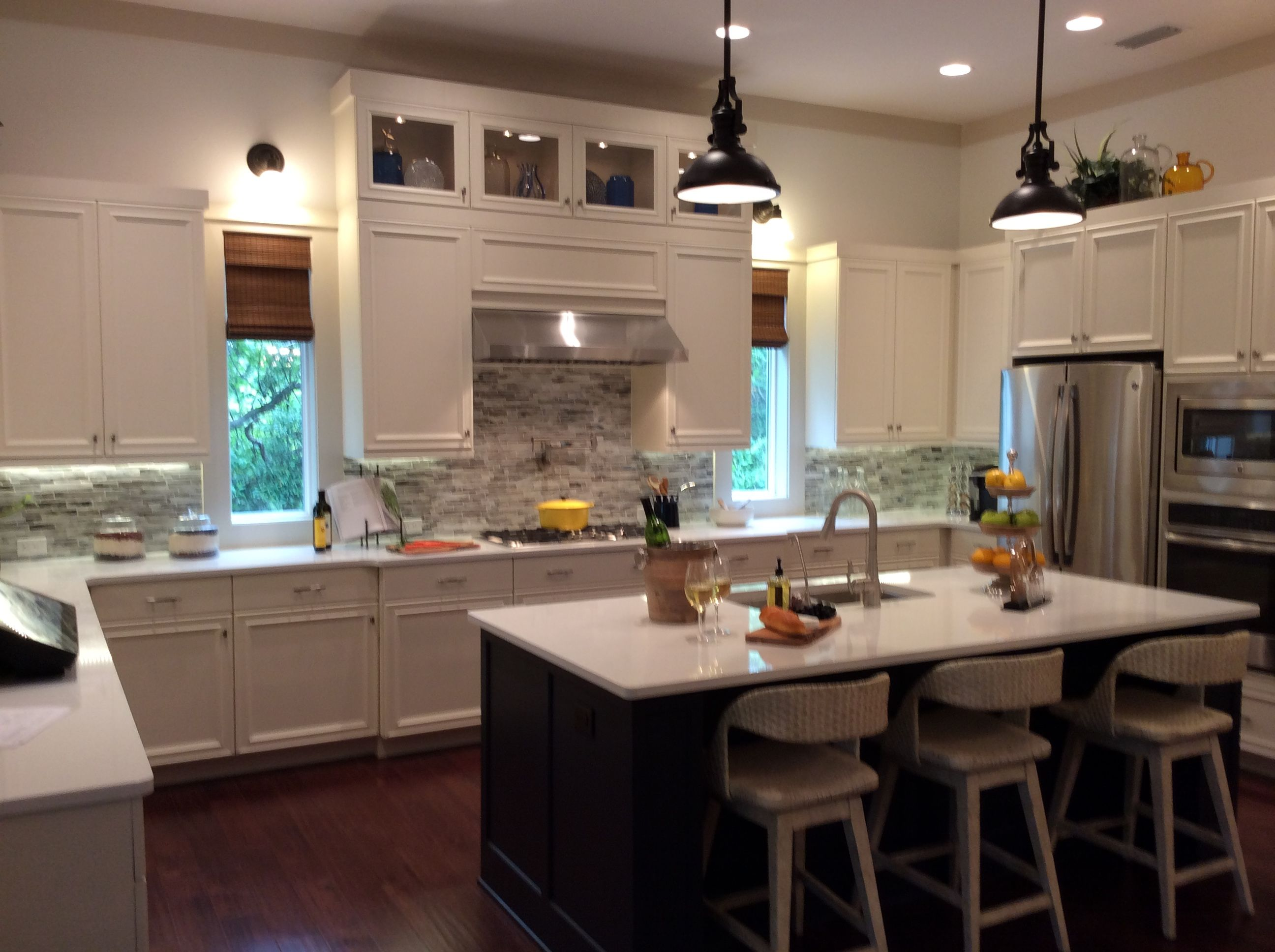 Custom Cabinets, Side Windows, Casual Flat Stock Molding And Simple Style  Make This A