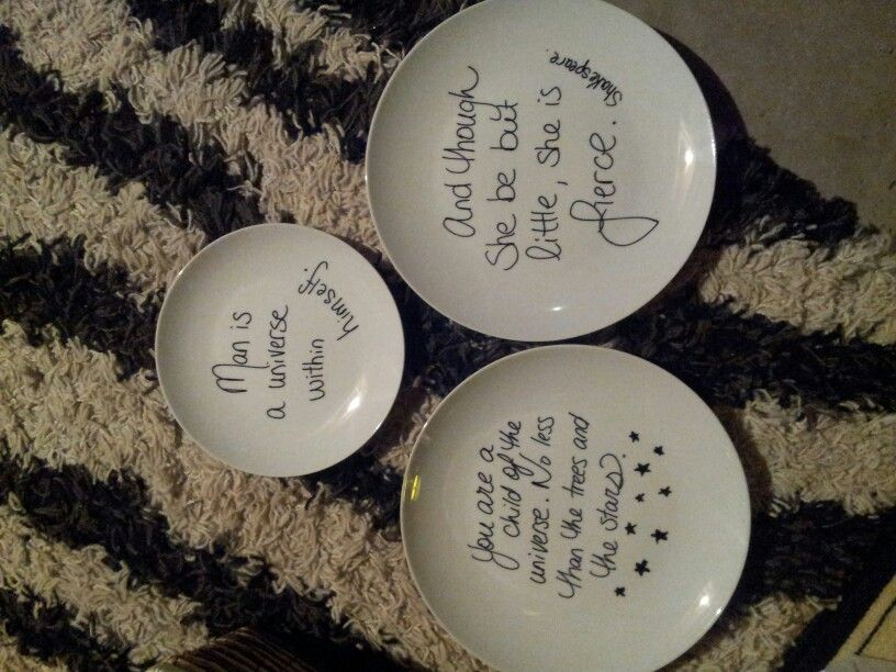 Just some of the dollar store glass Ware that I added quotes too tonight. Love em, cant go wrong with cheap inspiration.