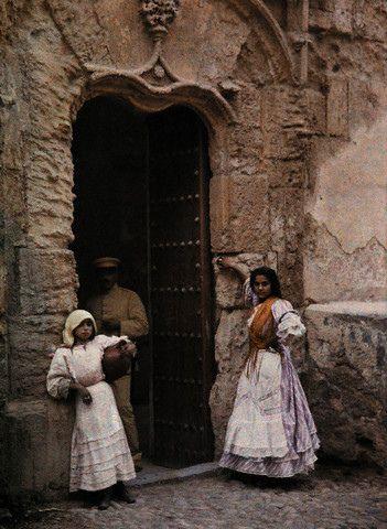 Portada De Toledo En 1924 Image By Gervais Courtellemont National Geographic Society Corbis Toledo National Geographic Society French Photographers