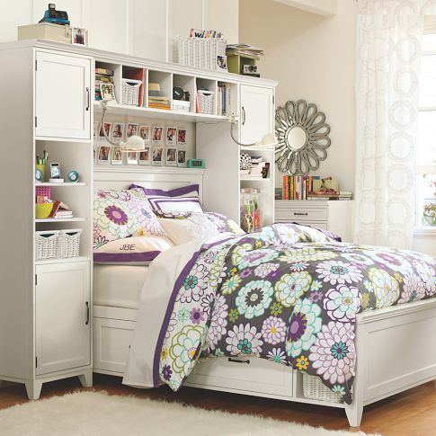 Wall Storage Unit Clothes Closet Pinboard Etc As Bed Surround Note The Drawers And Basket Storage As Yatak Odasi Tasarimlari Kucuk Oda Tasarimi Tasarim Oda