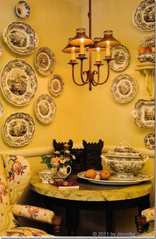 I love the red Tole chandelier, perfect for the kitchen | French ...