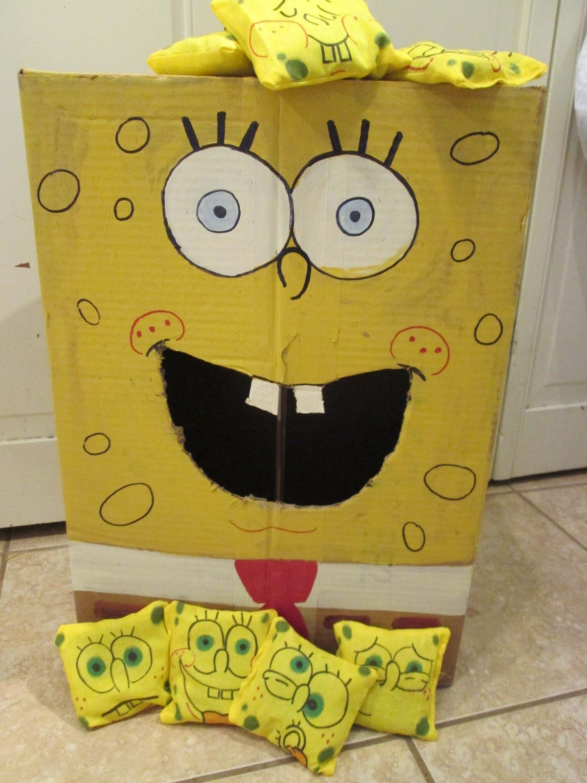 walk in the sunshine Spongebob Squarepants Bean Bag Toss