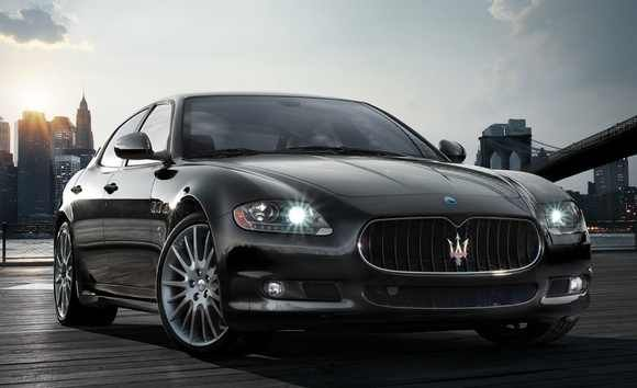 Maserati With Nyc In The Background My Ultimate Dream Maserati Quattroporte Maserati Maserati Car