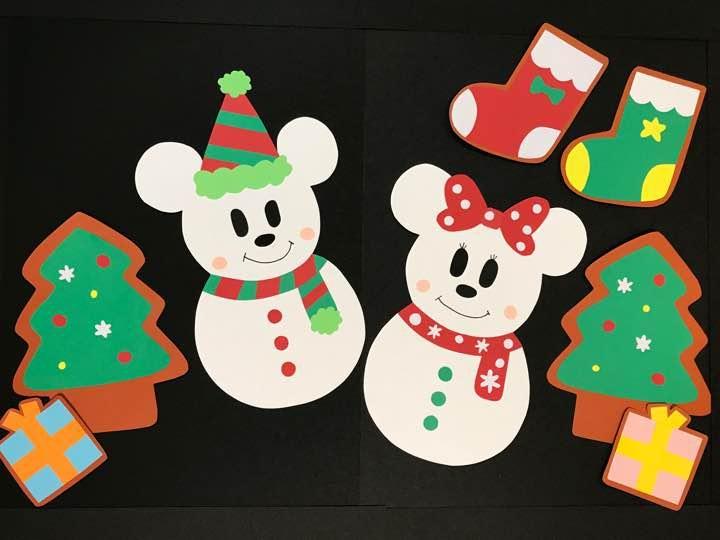 ご覧頂きありがとうございます ミッキー ミニーのクリスマス の壁面です 幼稚園 保育園 病院 また お子様のいるご家庭で 様々な場所で可愛く飾って頂けると嬉しいです 大きさa4ファイルの上に乗せて撮った画像です 裏面 ミッキー ミニー クリスマス
