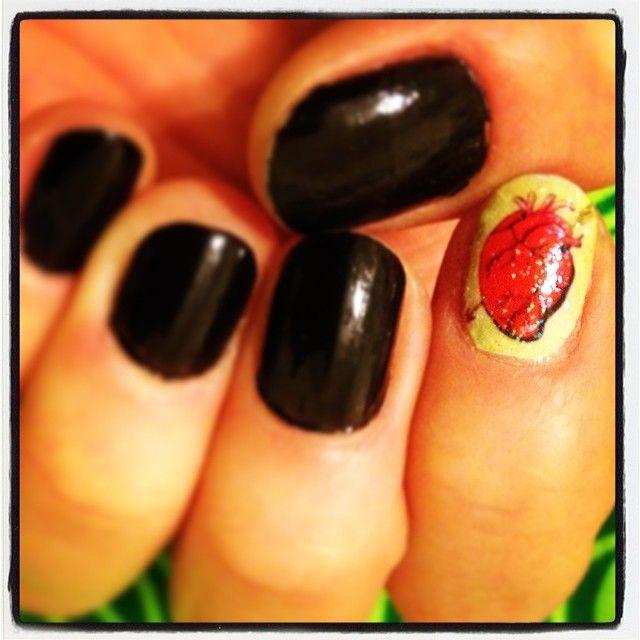 #Loteria nails! Puro corazón!! #latinas #latism