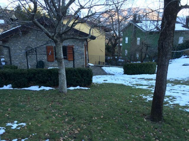 Villa Terra Tetto Sant'Andrea Pelago Quattro Vani Mq 75, sviluppata su due piani, con giardino privato di Mq 300