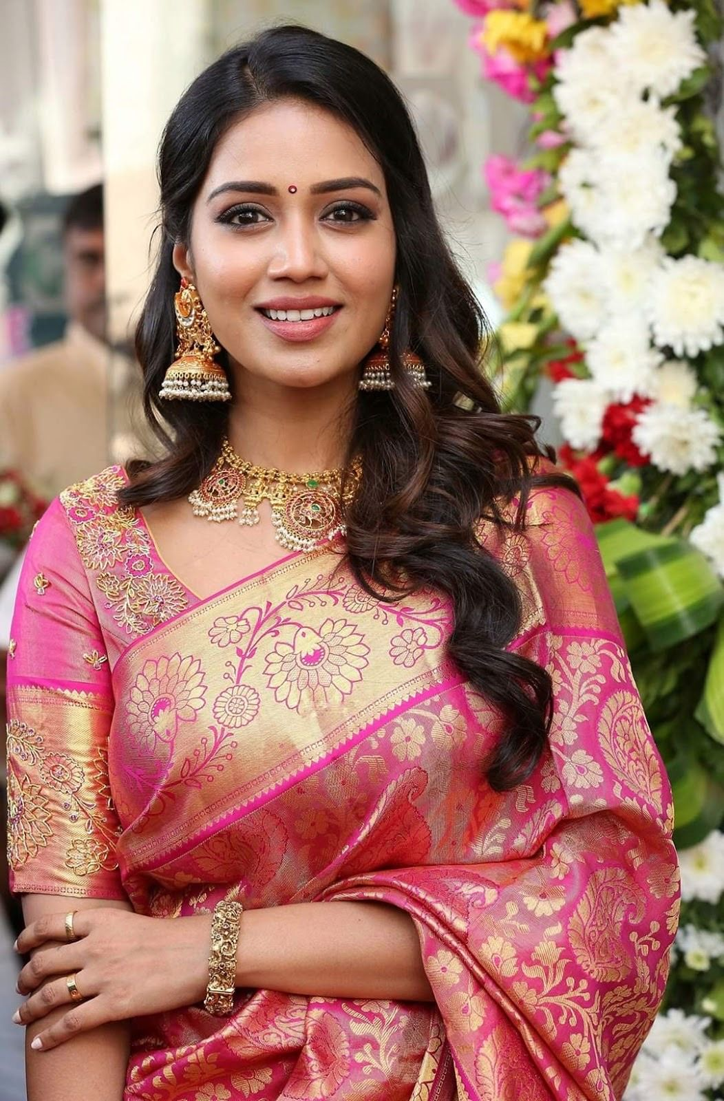 Pin by Rk on Beauty in 2020 | Set saree, Hairstyles kerala