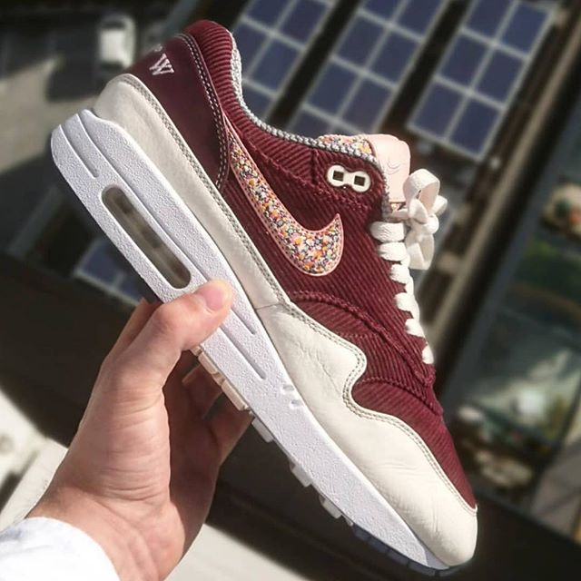 cbcda233f168 BespokeIND Air Max 1 with Off-White