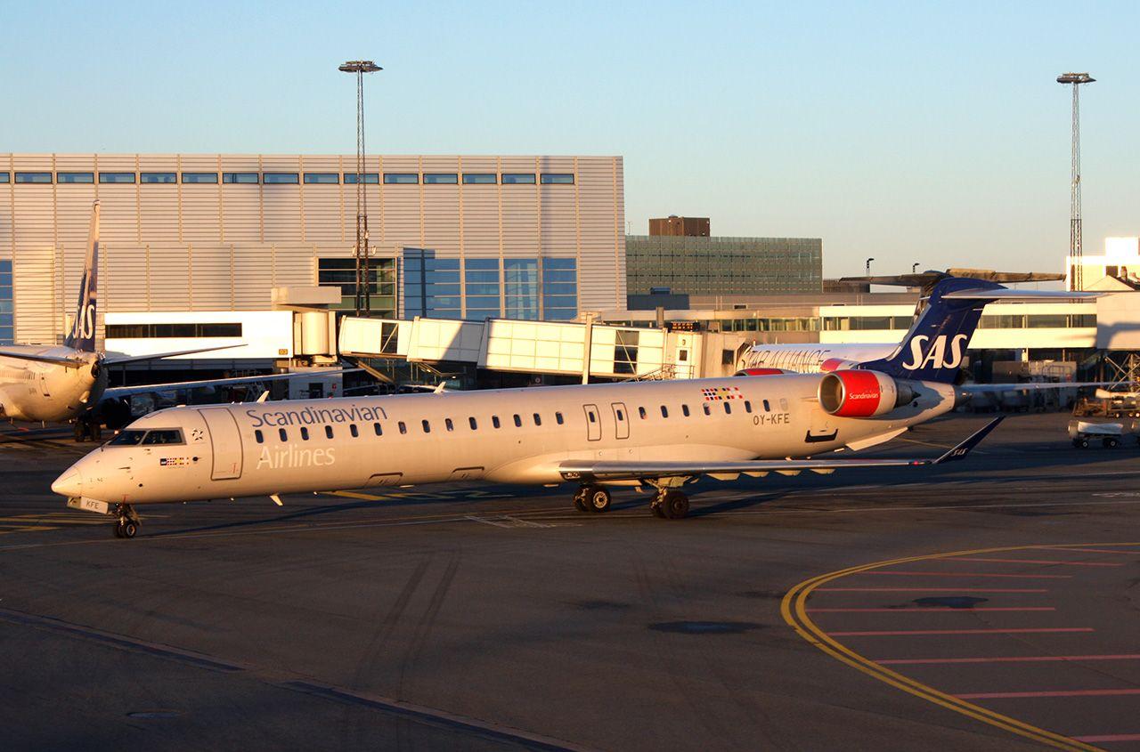 Sas Oy Kfe Cr9 Scandinavian Airlines Wikipedia Scandinavian Airlines System Scandinavian Sas