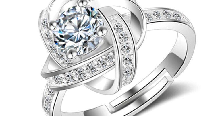 تفسير الخاتم في الحلم للعزباء والمتزوجة وتأويله لابن سيرين Engagement Rings Engagement Jewelry