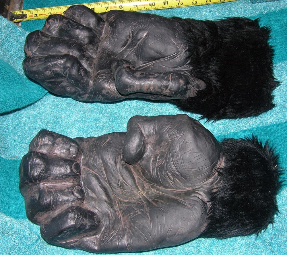 KING KONG RUBBER HAIRY HANDS 2005 UNIVERSAL STUDIOS ADULT SIZE ...