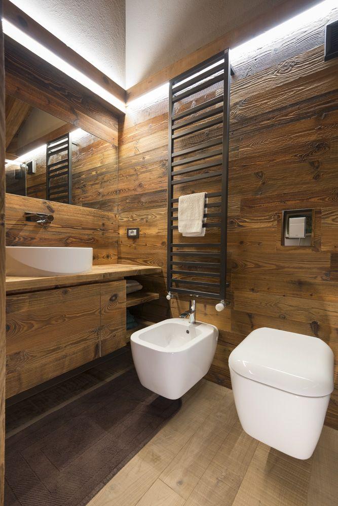 Bagno dettaglio sanitari baita pinterest bagno for Bagni interni case