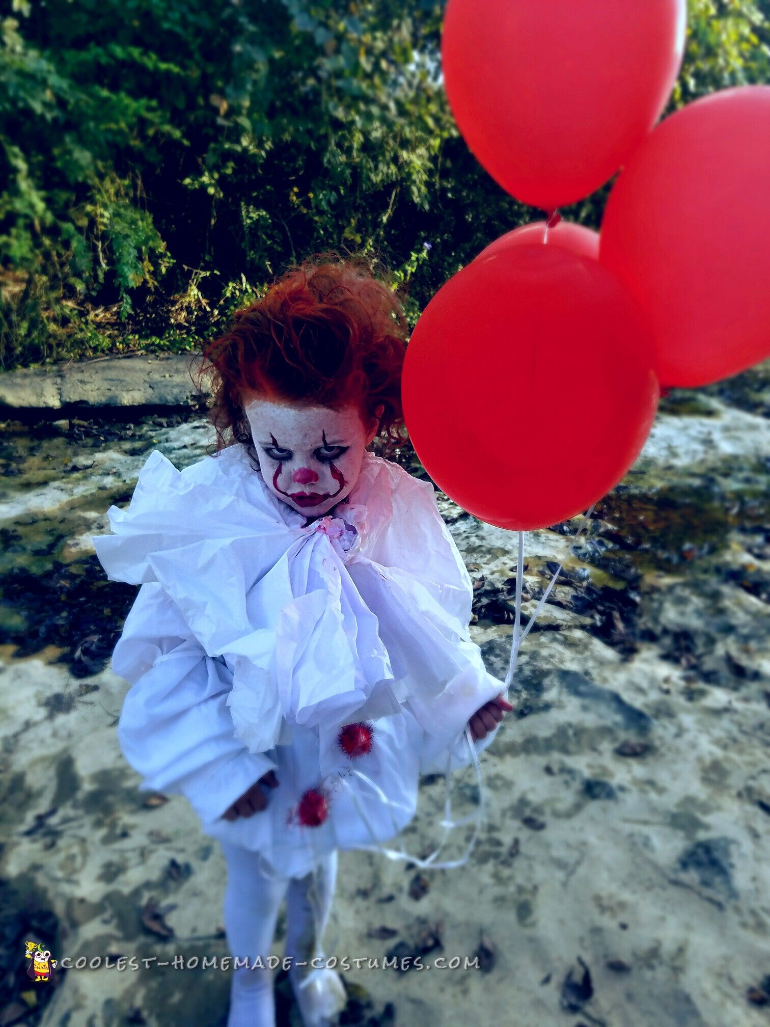 The Cutest Diy Pennywise Costume You Will Ever See Creepy