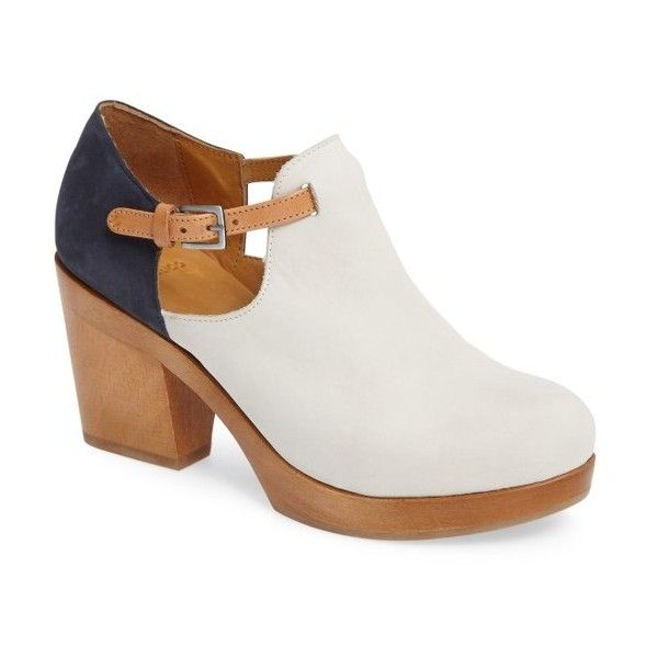 Women's Coclico Noah Clog (6.660 ARS) ❤ liked on Polyvore featuring shoes, clogs, igloo, calfskin shoes, clog shoes, color block shoes, colorblock shoes and block shoes