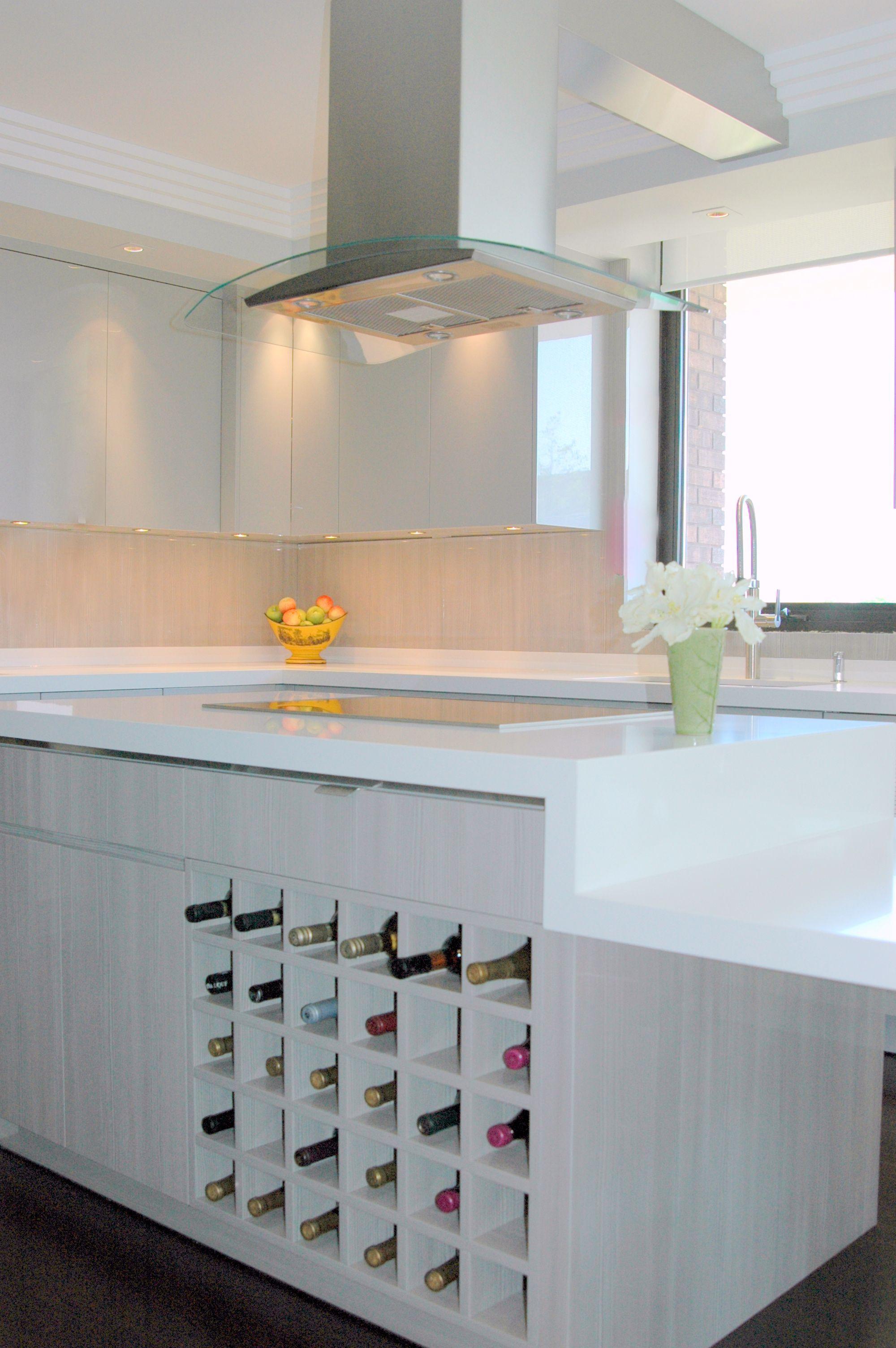 Best Countertop Caesarstone Pure White 1141 Countertops 400 x 300