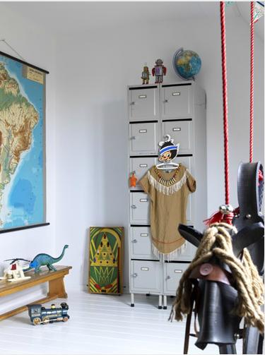 kinderzimmer jungszimmer weltkarte kinderzimmer i kids room pinterest kinderzimmer. Black Bedroom Furniture Sets. Home Design Ideas