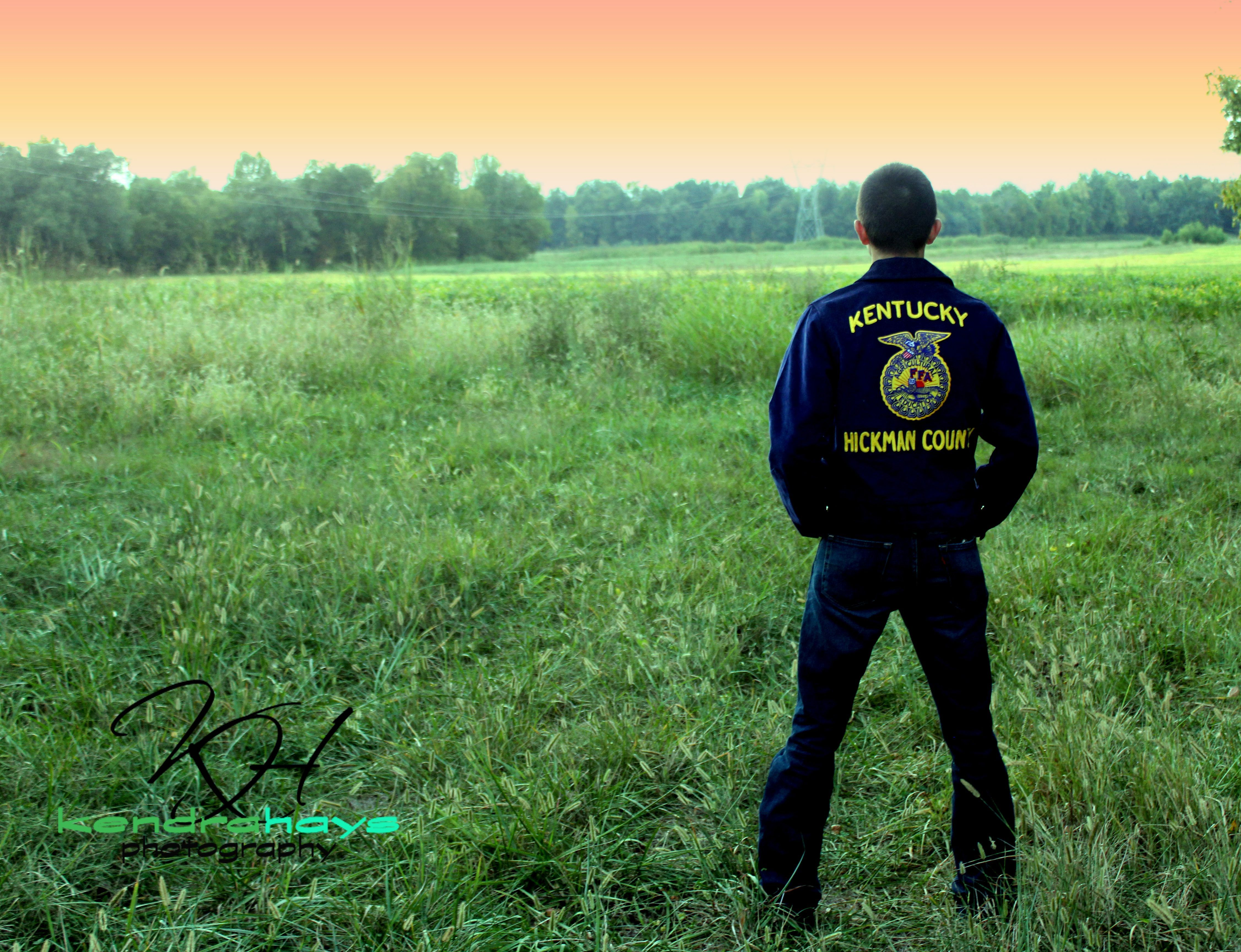 is not a senior picture in Kentucky without FFA jacket!