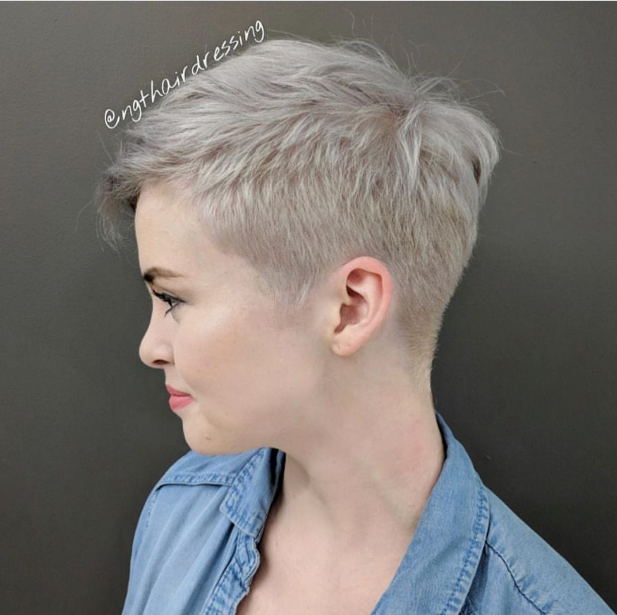 Pin by mary hodges on short pixie haircuts pinterest short pixie
