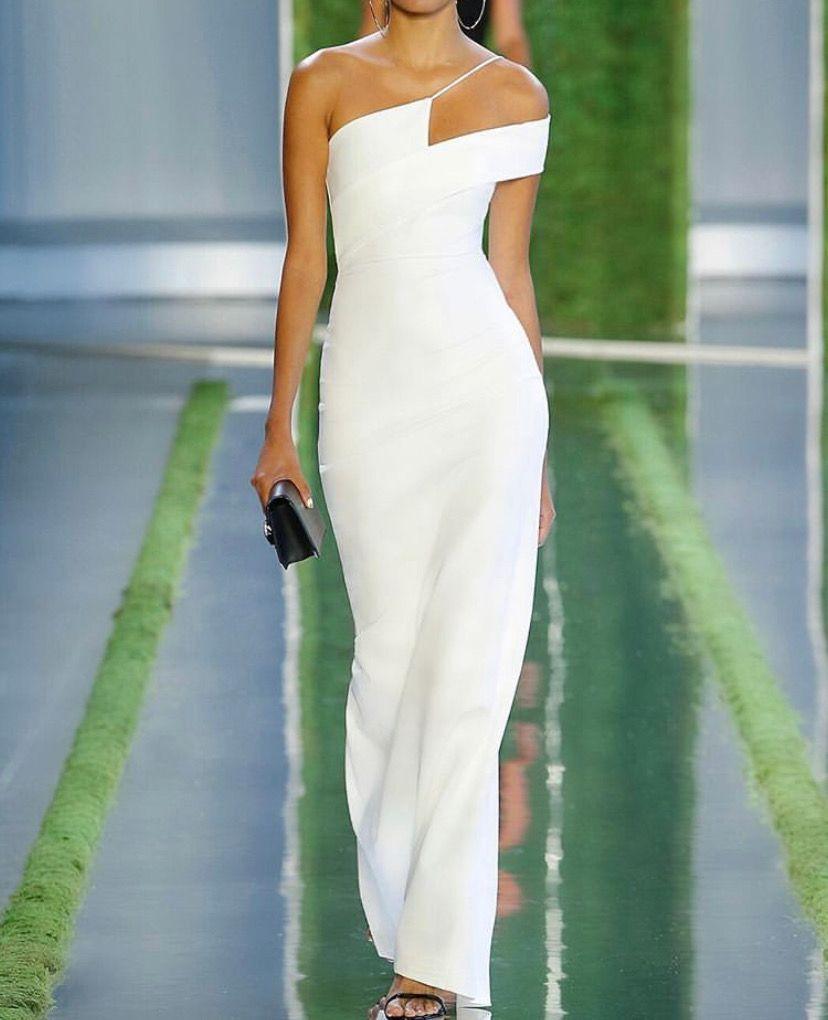 d24ba99192d8 White dress | Fashion in 2019 | Dresses, Wedding dresses, Fashion