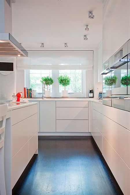 Cómo decorar cocinas alargadas | Cocinas, Cocina pequeña y Cocina ...