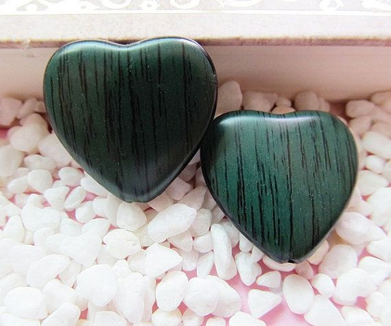 10 pcs 23x23mm high quality heart shaped by PreciousSerenity, £1.49