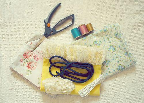 DIY | Pillowcase Dress by miss jamie elizabeth, via Flickr