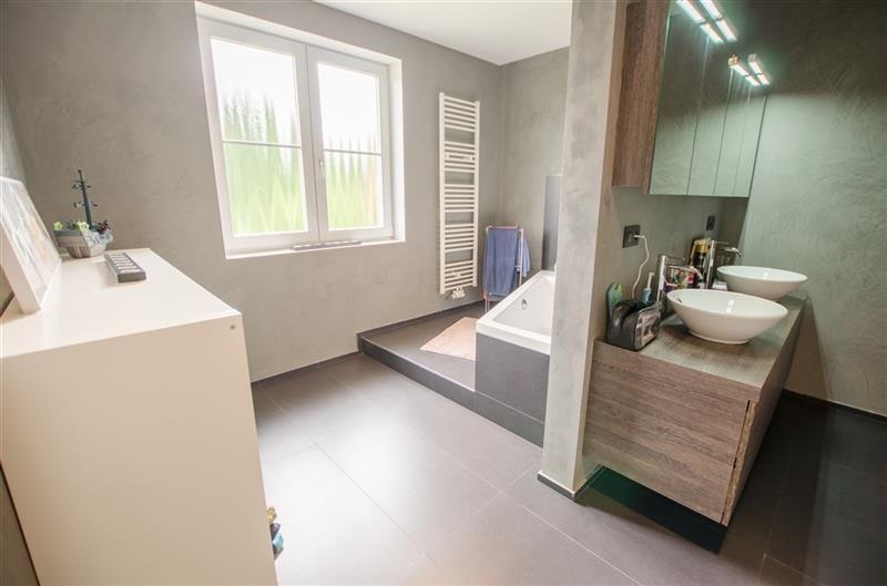 Uccle  maison bel-étage rénovée/neuve 285m² - 4 ch - jardin - electricite a la maison